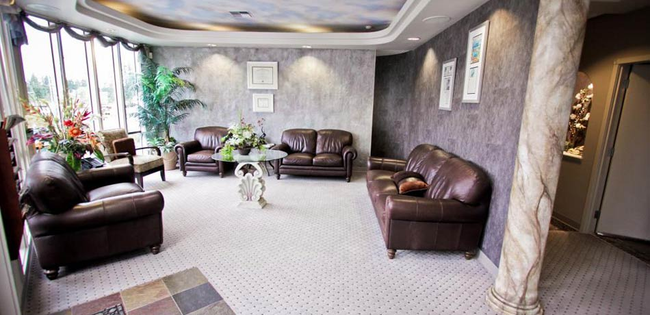 The front lobby of Heavenly Smiles dentist office to show this dentist in Lynwood, WA provides a relaxing environment